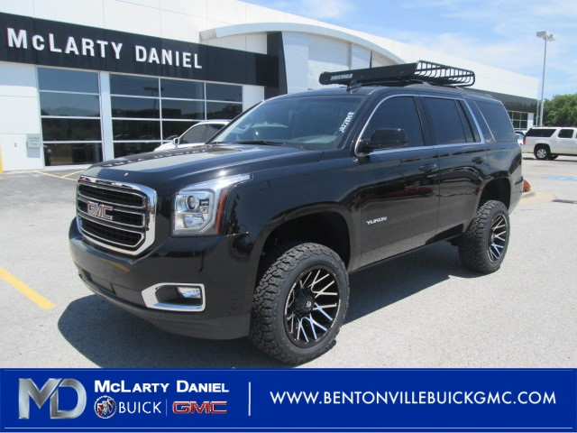New 2018 GMC Yukon SLT